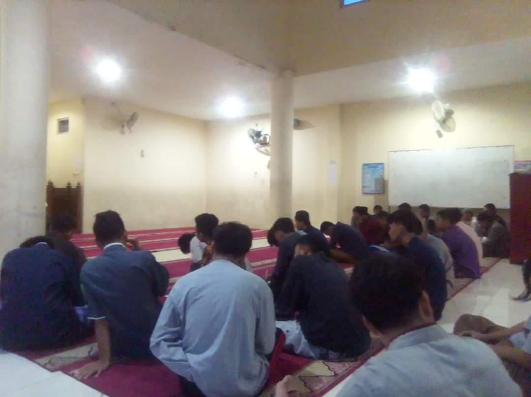 kajian di masjid ikhwan